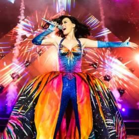 """Najlepiej zarabiające artystki według """"Forbesa"""": Katy Perry na szczycie listy!"""
