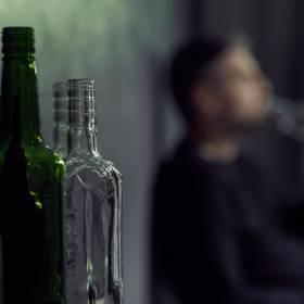 Miał we krwi ok. 10 promili alkoholu. Za dawkę śmiertelną uznaje się ok. 4-5 promili