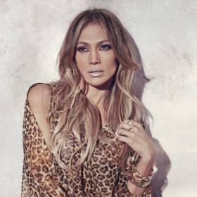 Jennifer Lopez skończyła dzisiaj 46 lat! Gwiazda wrzuciła do sieci zdjęcie z dzieciństwa