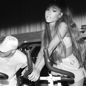 """Ariana Grande zawiesza """"Dangerous Woman Tour"""". Co z koncertami w Łodzi?"""