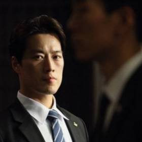 Nowy prezydent Korei Południowej w cieniu własnego ochroniarza!