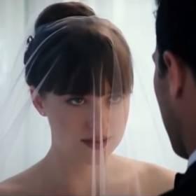 Nowe oblicze Greya: zobacz oficjalny trailer filmu!
