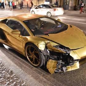 Pamiętasz rozbite złote Lamborghini? Wiemy, co się z nim stało!