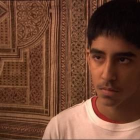 Pamiętasz Anwara z serialu Kumple? Teraz z pewnością go nie poznałbyś!