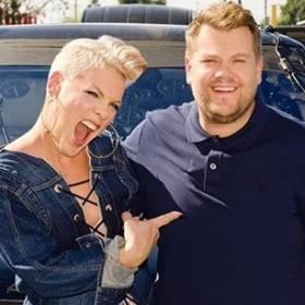 Pink i jej największe hity w Carpool Karaoke!