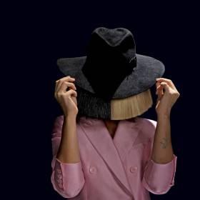 "Premiery w RMF MAXXX: Sia – ""Move Your Body"" (Alan Walker Remix) i Richard Orlinski feat. Eva Simons – ""Heartbeat"""
