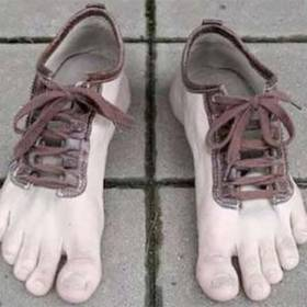 Te 16 par butów są najbrzydszymi, jakie zobaczysz!