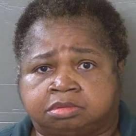 """Waży 147 kg, usiadła na dziewięciolatce """"za karę"""". Dziewczynka zmarła w szpitalu"""