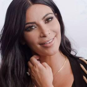 Zobacz, jakimi kosmetykami maluje się Kim Kardashian!