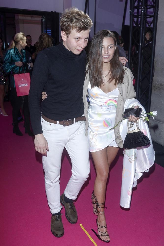 Julia Wieniawa w objęciach znanego aktora. Są parą?