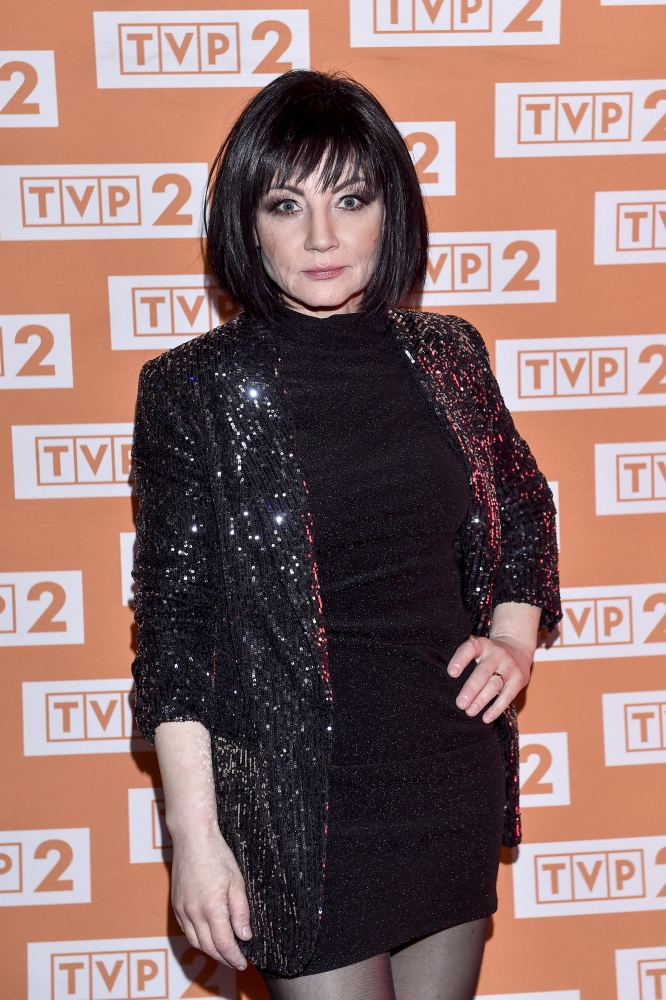 Shazza znów stanęła na scenie. 54-letnia gwiazda disco polo tak wygląda teraz! [ZDJĘCIA, WIDEO]