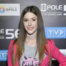 Roksana Węgiel ścięła włosy. Piosenkarka w nowej fryzurze wygląda znakomicie