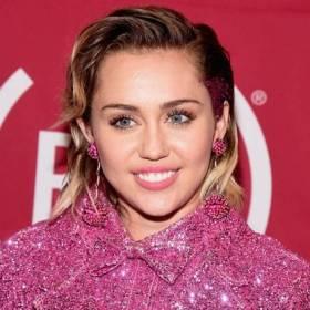 Miley Cyrus wystąpiła z U2 i Jessie J. Nie znała tekstu piosenki!