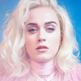 Przypomina Miley Cyrus? Katy Perry obcięła włosy!