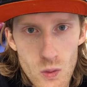 Najmłodszy syn Daniela Olbrychskiego wygląda zupełnie jak on! Zobacz zdjęcia Victora Longo-Olbrychskiego