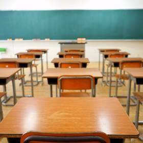 Nauczycielka ścięła włosy 7-letniej uczennicy. Rodzice pozwali szkołę i żądają odszkodowania