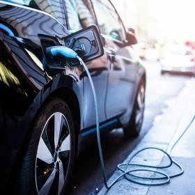 Elektryczne samochody mile widziane. Ruszają dopłaty dla kupujących
