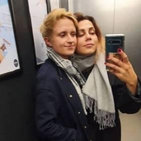 """Uczestniczka programu: """"Rolnik szuka żony"""" i jej partnerka wezmą ślub. Krystyna zdradziła szczegóły!"""
