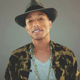 """Pharrell Williams domaga się wolności dla wszystkich! Mocny przekaz w nowym klipie """"Freedom"""""""