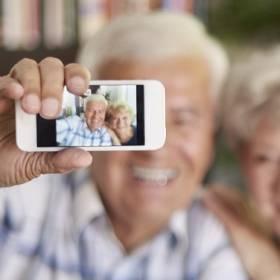 Wiceminister cyfryzacji ostrzega przed #AgeChallenge. Czy aplikacja FaceApp może być niebezpieczna?