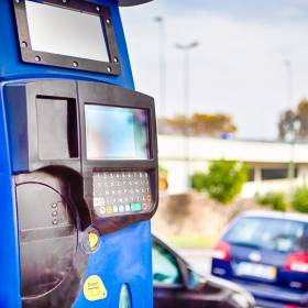Szczecin sprzedaje parkomaty! Za ile można kupić urządzenia?