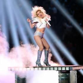 Lady Gaga podczas Super Bowl 51. Zobacz jej wielki powrót!