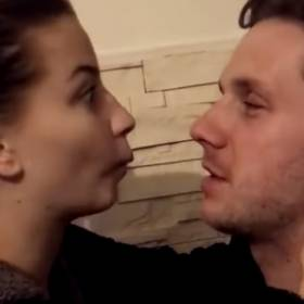 Antek Królikowski stworzył romantyczny klip z Julią Wieniawą. Teraz usunął go z sieci. Dlaczego?