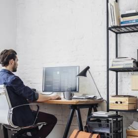 """""""Home office"""" - czyli jak pracować, by nie zwariować. 5 zasad"""