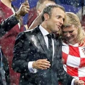 Brigitte Macron i pani prezydent Chorwacji podczas finału mundialu w Rosji. Która wypadła lepiej?