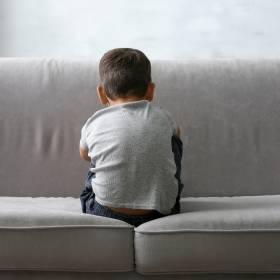 Influencerzy oddali adoptowanego chłopca. Opublikowali film z wyjaśnieniami