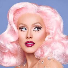 """Christina Aguilera w sesji zdjęciowej dla magazynu """"Paper"""" jest bez makijażu"""