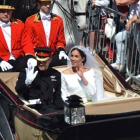 Książę Harry i księżna Meghan świętują pierwszą rocznicę ślubu!
