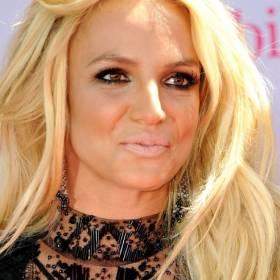 """Britney Spears boi się o swój majątek?""""Muszę chronić kolekcję butów"""""""