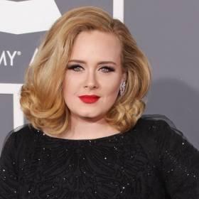 """Adele mówi o swoich nawykach żywieniowych! """"Ma smaka na Maka""""? [WIDEO]"""