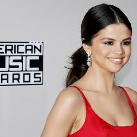 """Selena Gomez w najnowszym singlu nawiązuje do Justina Biebera? """"To nasze pożegnanie"""""""
