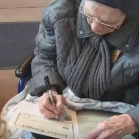 Ma 103 lata i została Młodszym Strażnikiem! Jest starsza od parku narodowego!