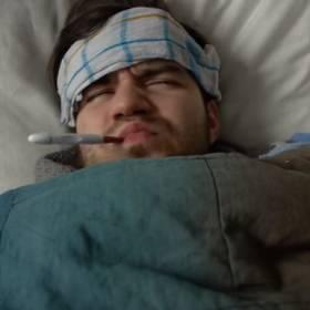 """""""Męska grypa"""" istnieje naprawdę? Mężczyźni gorzej znoszą przeziębienie od kobiet!"""