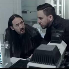 Steve Aoki ft. Linkin Park: Darker Than Blood. Zobacz najnowszy teledysk gwiazdy Sunrise Festival 2015!