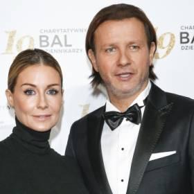 Majdanowie na rodzinnych kadrach. Radosław Majdan pokazał mamę, a Małgorzata Rozenek wymownie skomentowała zdjęcia z teściową