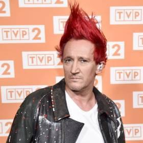 Michał Wiśniewski zgolił czerwone włosy? Zaskakująca fotografia trafiła do sieci! [FOTO]