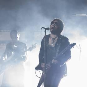 """Lenny Kravitz we współpracy z ONZ! Singiel """"Here To Love"""" stał się hymnem Praw Człowieka!"""