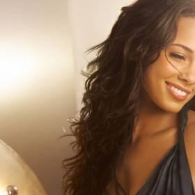 Rewolucja no make up zapoczątkowana przez znaną piosenkarkę ! Zobacz gwiazdę w nietypowym wydaniu!