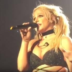 """Britney Spears na koncercie zaśpiewała bez playbacku! """"Dajmy tym sk******nom powód do gadania!"""""""