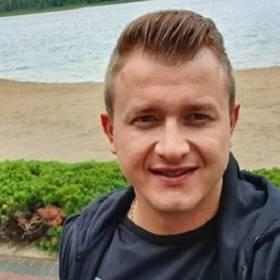 """Nowe fakty o konflikcie w """"Pięknych i Młodych"""". Dawid Narożny komentuje!"""