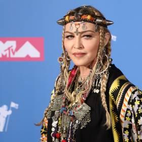 Madonna po raz kolejny szokuje swoich fanów. Królowa Popu w prześwitującej bieliźnie