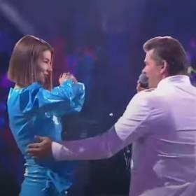 Edyta Górniak pojawiła się na scenie podczas występu Zenona Martyniuka. Nagranie jest już w sieci! [WIDEO]