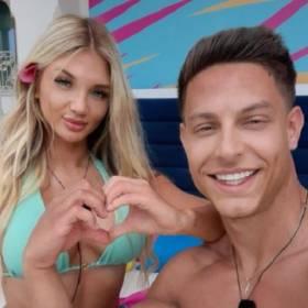 """Gorąco u Caroline i Mateusza z """"Love Island""""! Takich zdjęć u nich jeszcze nie było!"""