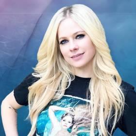 """Avril Lavigne jest ciężko chora! """"Pogodziłam się z tym, że mogę umrzeć"""""""
