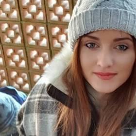 """""""Rolnik szuka żony"""". Ania Bardowska pokazała, jak spędza czas z dziećmi. Rodzinne kadry urzekły internautów"""