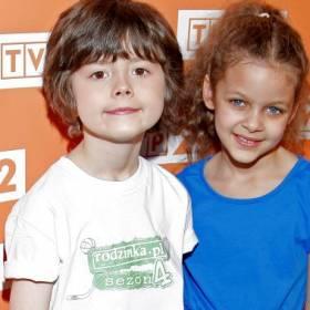 """Emilia Dankwa wcieliła się w rolę Zosi w serialu """"Rodzinka.pl"""". Dziś to piękna nastolatka!"""